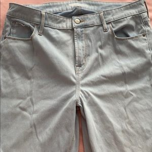 Old navy light wash high rise jeans